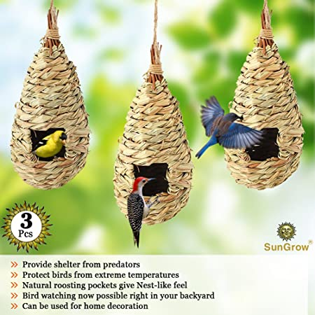 SALE 100/% Cotton Fabric Birdhouses In Tall Trees Chirping Birds Butterflies