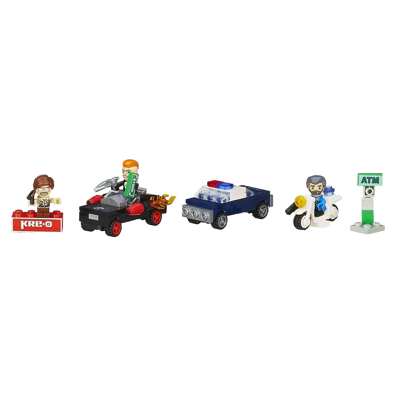 A4913 Hasbro A4913079 KRE-O CityVille Invasion City Street Chase Set