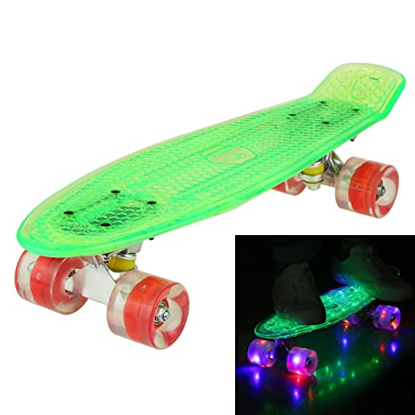 e5271dd1348b6e WeSkate 55CM Mini Cruiser Skateboard Kunstsoff Flashing mit LED  Leuchten Deck Komplett Retro Skate Board