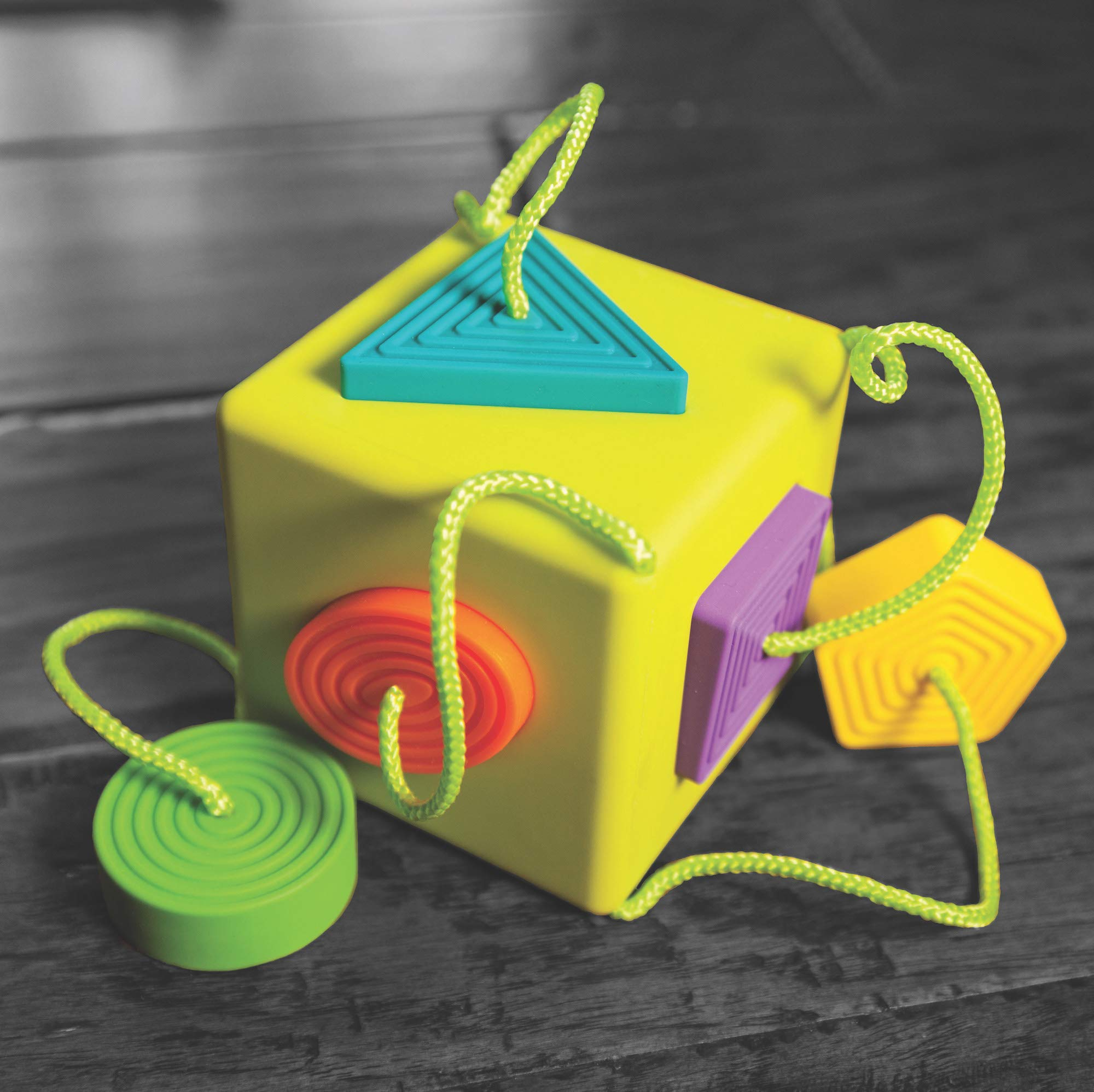 Oombee Cube Sorter by Fat Brain (Image #8)
