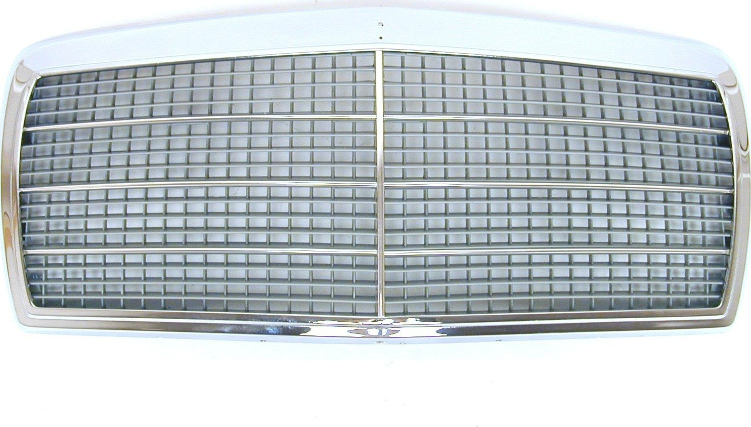 URO Parts 126 880 0883 Grille Assembly