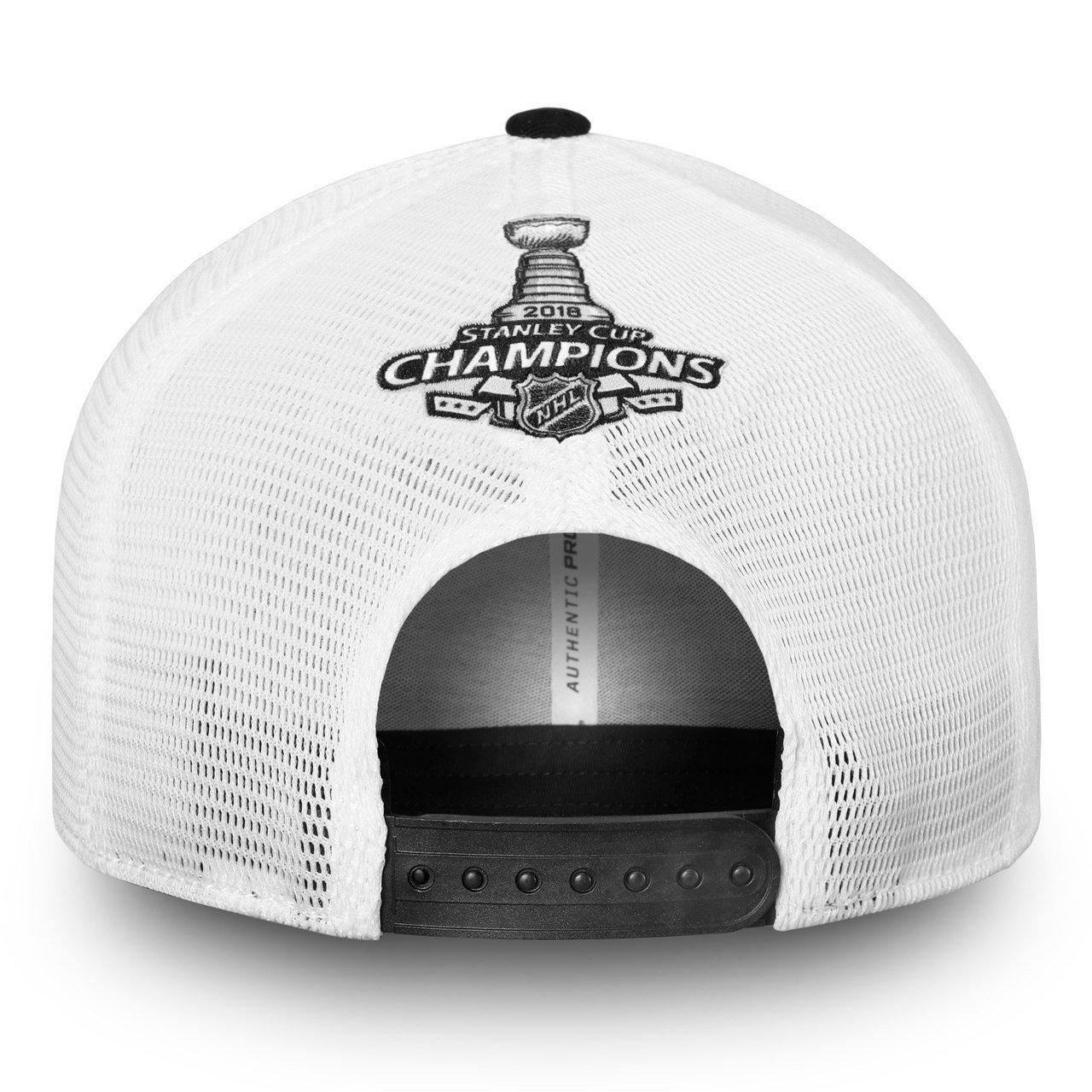 84ca654e583a9d Amazon.com : Football Fanatics Washington Capitals 2018 Stanley Cup  Champions Locker Room Trucker Snapback Hat : Clothing