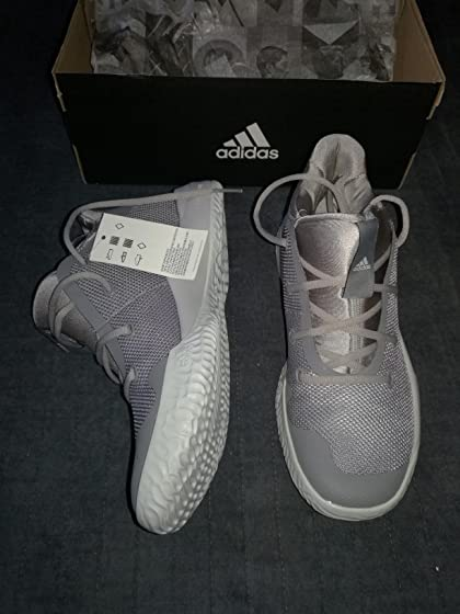 adidas Men's Rise up 2 Basketball Shoe It's a good buy