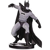 DC Collectibles Batman preto e branco: Batman por Gene Colan Statue, multicolorido