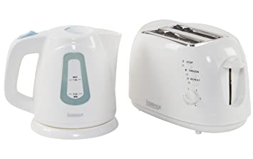 2bb6919ce085 Igenix IGPK05 Breakfast Set, Kettle and 2 Slice Toaster - White ...