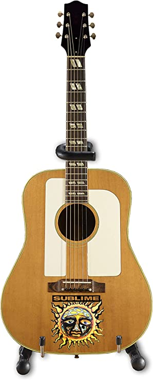 Sublime - Mini guitarra acústica con logo de sol pequeño Bradley ...