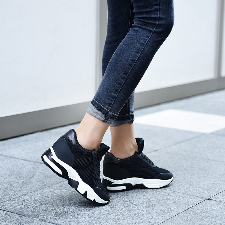 AONEGOLD Baskets Compens/ées Femmes Chaussure de Sport Running Gym Fitness Tennis Sneakers Basses Compens/ées 8 cm Noir,Taille 37