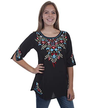 d7aa9615c2d0bf Scully Women s Honey Creek by Floral Embroidered Tunic at Amazon ...