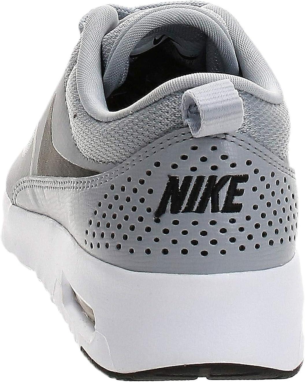 Nike Air Max Thea, Baskets Basses Femme Gris Wolf Grey Black 030