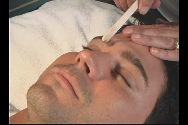 Shape The Eyebrow Waxing A Mans Eyebrows