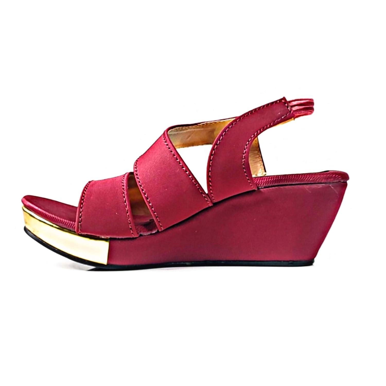 Buy Fashion Designer Girl S Outdoor Sandal At Amazon In
