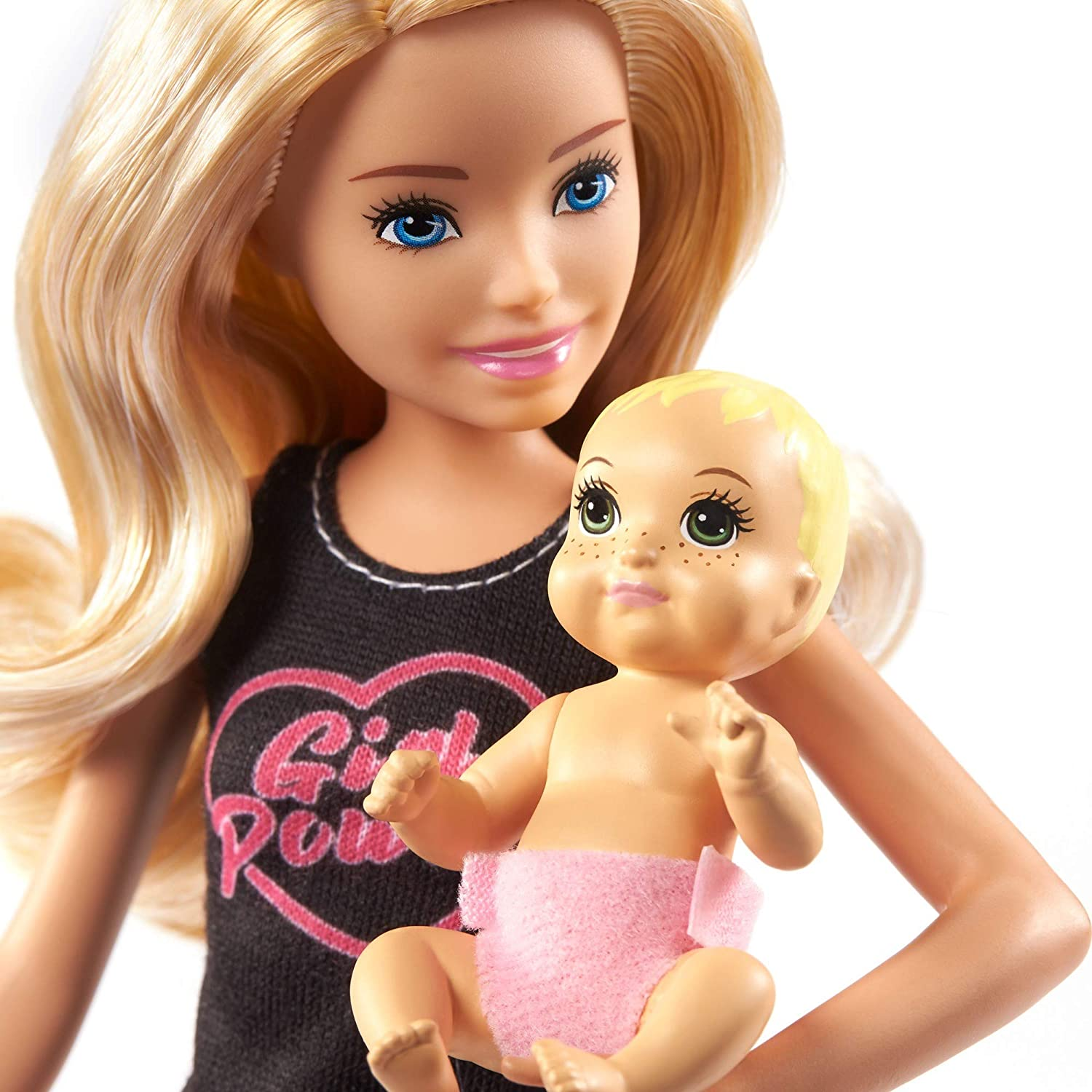 Doll /& Accessories Set with 9-in 22.86-cm Blonde Doll Barbie Skipper Babysitters Inc Baby Doll /& 4 Storytelling Pieces for 3 to 7 Year Olds