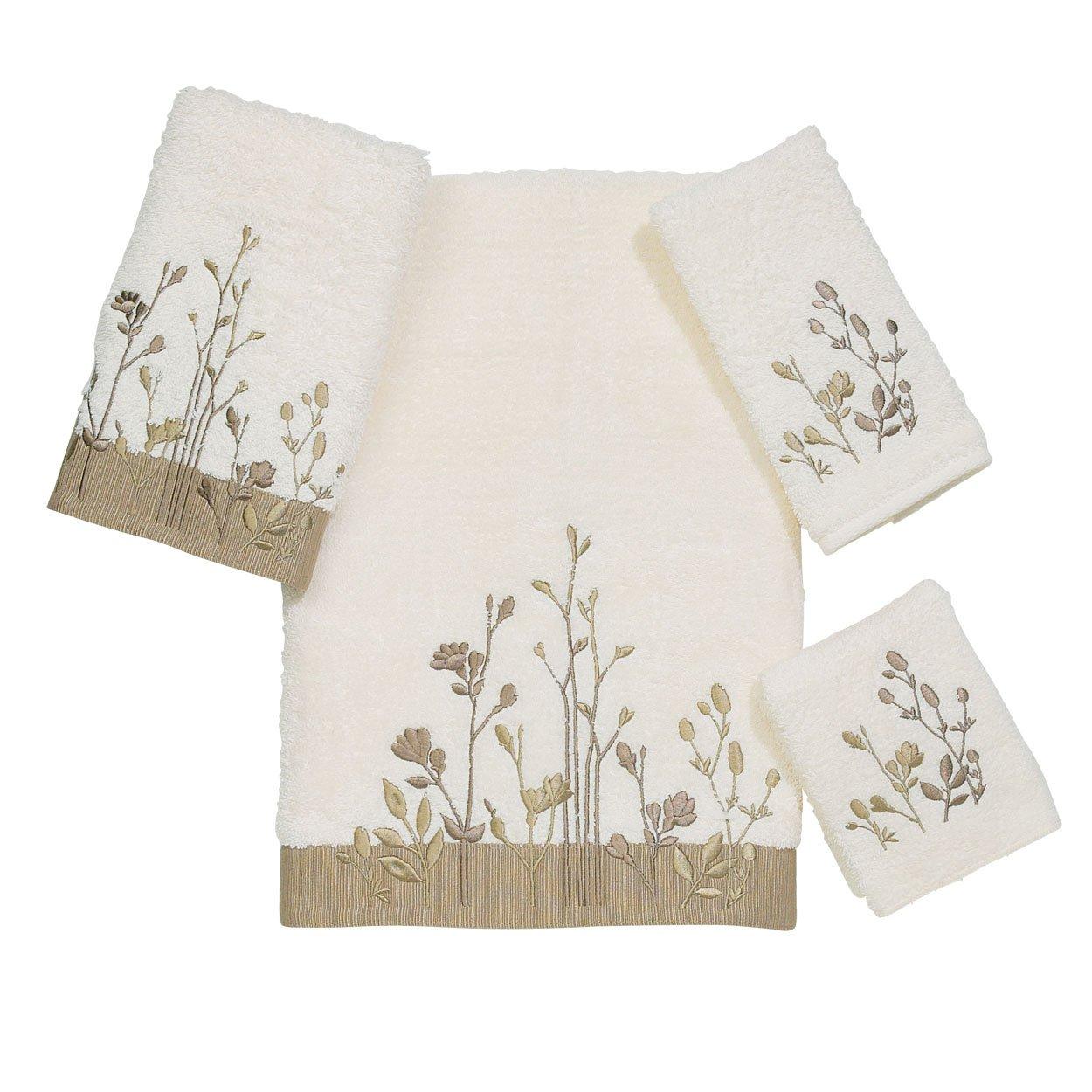 Amazon.com: Avanti Linens Floral Prints Bath Towel, Copper: Home ...