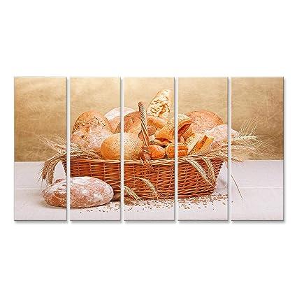 Cuadro Cuadros Varios productos de panadería fresca en cesta de mimbre, decoración de trigo Impresión