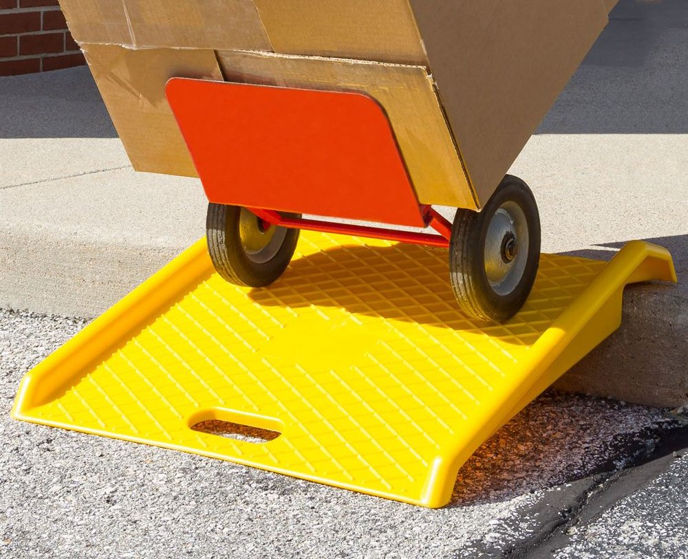 Curb Ramp - Heavy Duty 1000 Lbs Load Capacity - Yellow High Density Polyethylene for Hand Truck Delivery by BUNKERWALL (Image #3)