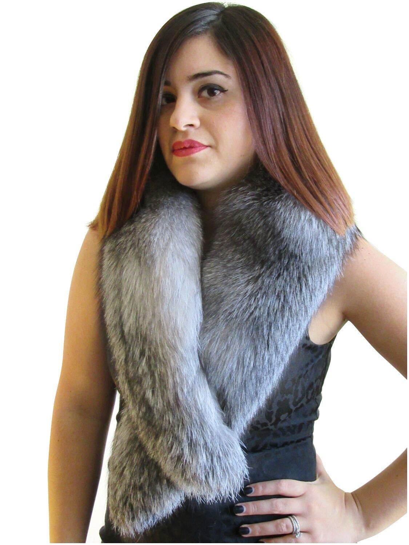 Indigo Fox Fur Clip Collar