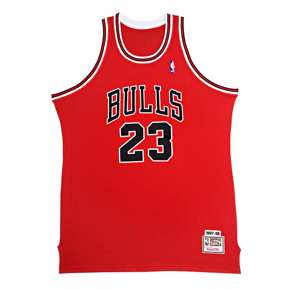 ed8a6949232 MICHAEL JORDAN Signed Bulls M&N Authentic Jersey UDA at Amazon's Sports  Collectibles Store