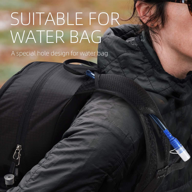 Wasserdichter Wanderrucksack f/ür Damen Herren Ultraleicht Tagesrucksack mit Wet Dry Bag und Wassertaschenloch f/ür Outdoor FREETOO 35L Leichter Faltbarer Rucksack