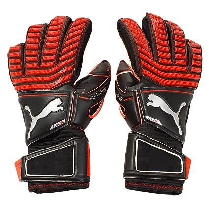 Amazon.com   PUMA Mens One Protect 18.1 Goalkeeper Gloves Fingersave ... 891cb7016376