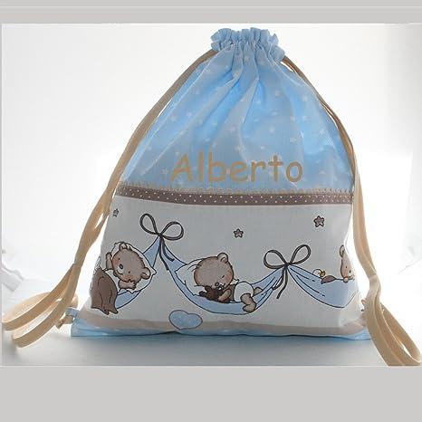 Bolsa mochila osos durmiendo, en tela pique celeste con estrellas blancas, personalizada con nombre