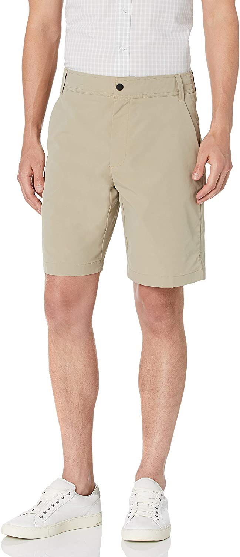 "Amazon Essentials Men's Regular-Fit Hybrid Tech 9"" Short"