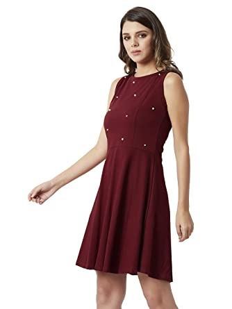 d7e1d5273c Miss Chase Women s Maroon Pearl Cut-Out Skater Dress  Amazon.in  Clothing    Accessories