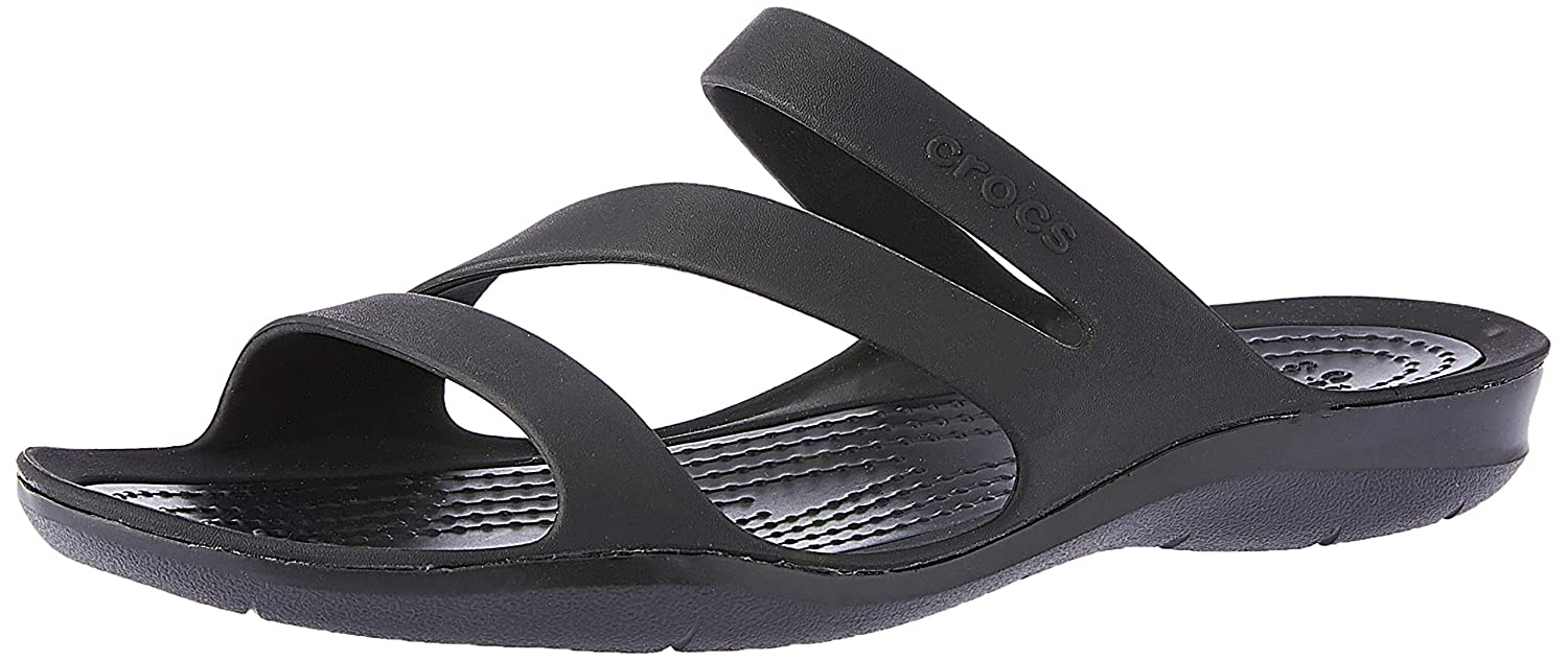 699f90b3f9f2 Crocs Women s Swiftwater Flat Sandal  Crocs  Amazon.ca  Shoes   Handbags