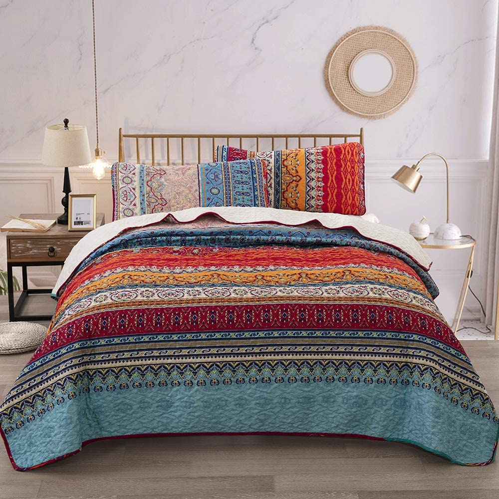 Bohemian Quilt Set King, Boho Striped Pattern Printed Bedding Quilt Coverlet Set, Lightweight Microfiber Bedspread Set for All Seasons (3 Pieces, Colorful)
