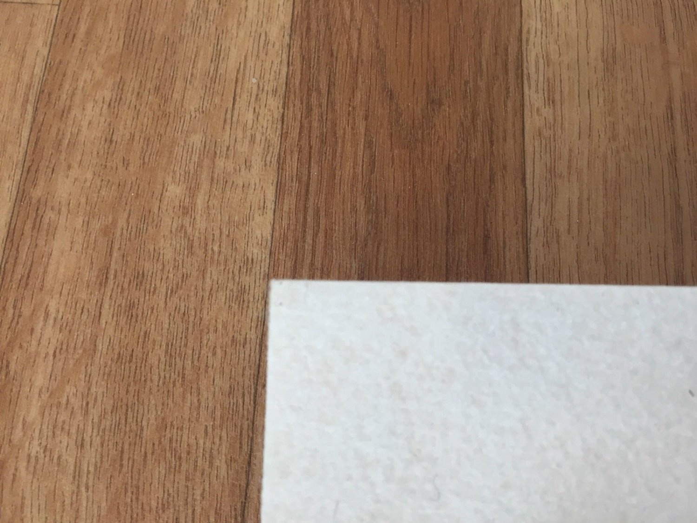 PVC Vinyl-Bodenbelag in Holz Optik Birne CV PVC-Belag verf/ügbar in der Breite 400 cm /& L/änge 600 cm CV-Boden wird in ben/ötigter Gr/ö/ße als Meterware geliefert /& trittschalld/ämmend