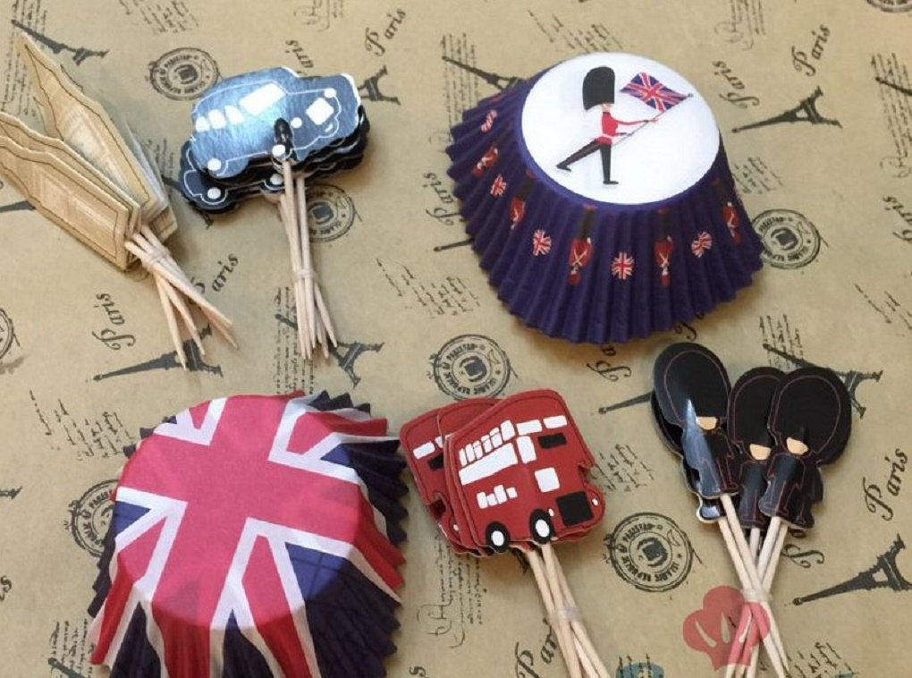 British Flag and Landmark Cupcake Toppers and Wrappers - Set of 24
