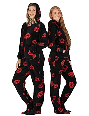 f37f1274b9 Amazon.com  Footed Pajamas - Pucker Up Adult Hoodie Chenille Onesie ...