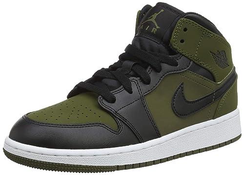 9fc15a4c19b5b Nike Air Jordan 1 Mid Bg