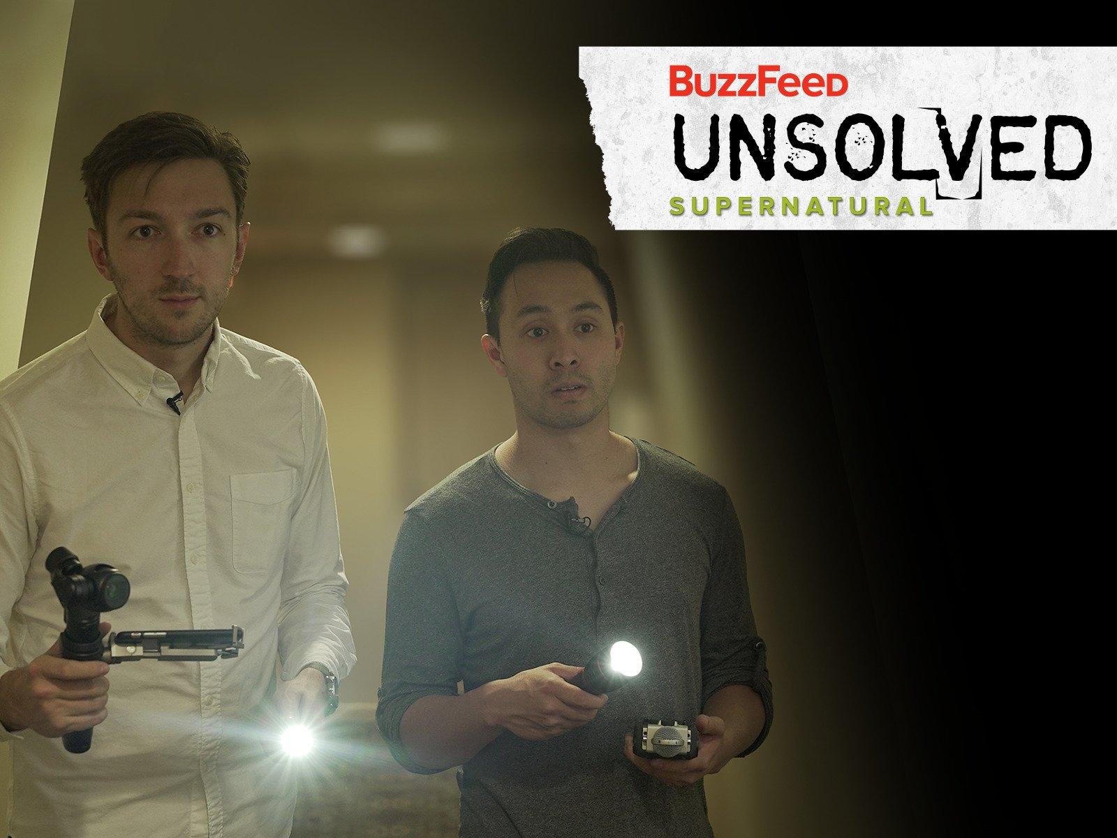 Amazon Com Buzzfeed Unsolved Supernatural Ryan Bergara Shane