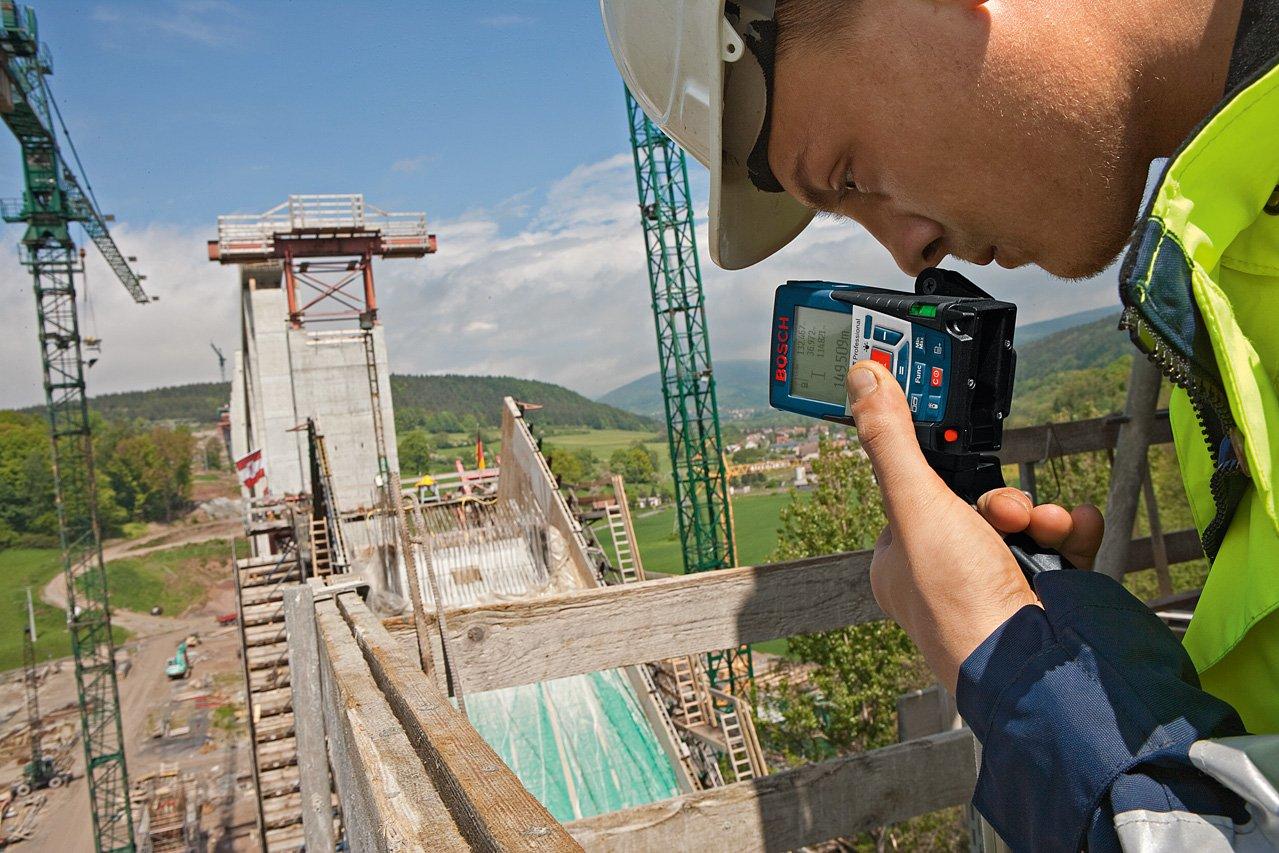 Entfernungsmesser Mit Sucher : Bosch professional laser entfernungsmesser m mit