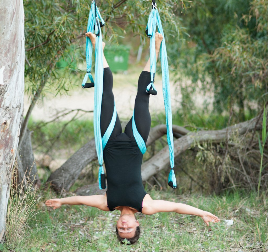 Agptek Aerial Yoga Supplies Swing Inversion Trapeze Series Yoga Class Accessories Like Yoga Straps and Sling Hammock (Blue) by AGPTEK (Image #5)