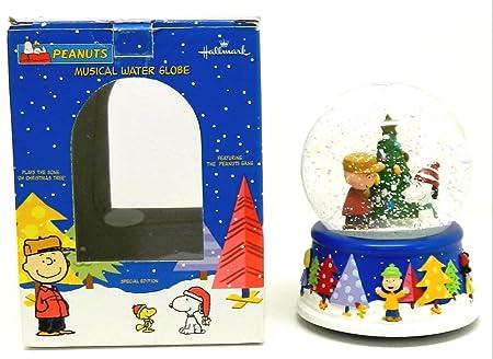 Peanuts Christmas Musical.Peanuts Christmas Musical Snow Globe By Hallmark Amazon Co