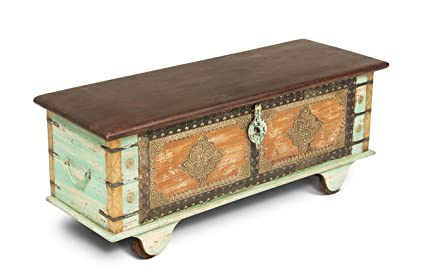 Magnificent Amazon Com Steve Silver Alma Storage Trunk Coffee Table Onthecornerstone Fun Painted Chair Ideas Images Onthecornerstoneorg