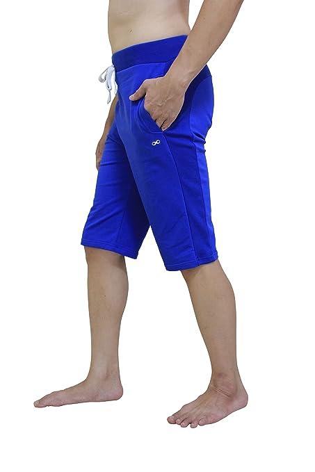 Pantalón corto de yoga para hombre, de YogaAddict. Ideal para cualquier estilo de yoga, pilates o artes marciales, incluso para uso al aire libre
