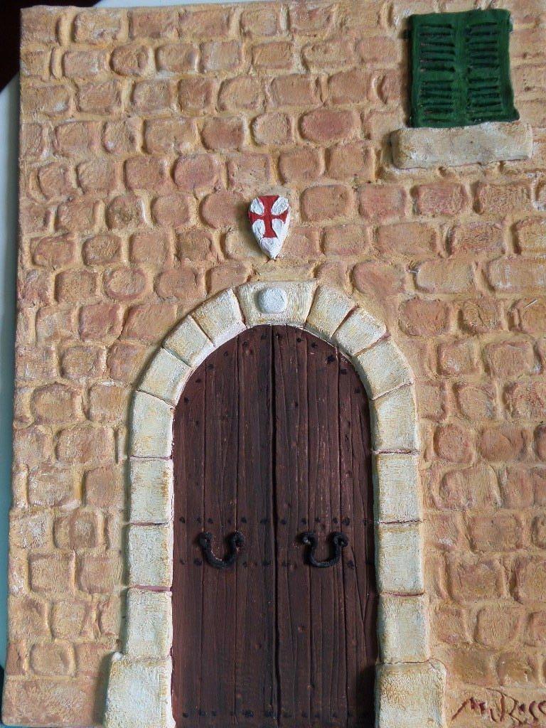 Puerta antigua pueblo