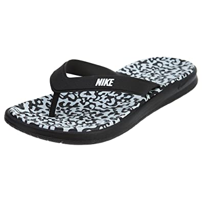 194fed0855e0c Nike Women s Solay Thong Sandal Black White 7  Buy Online at Low ...