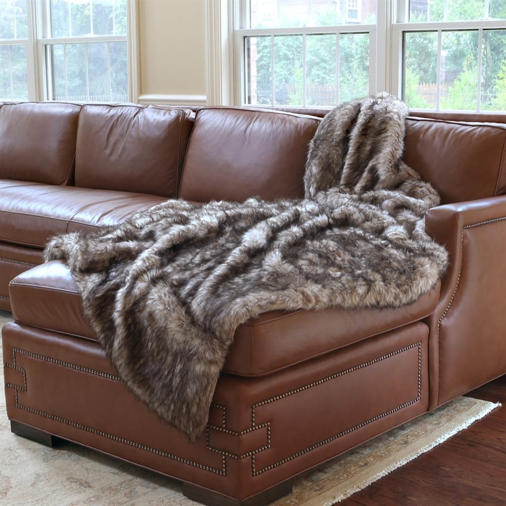 Ben and Jonah Pearl Finn Faux Fur Throw Blanket (84'' x 58'')