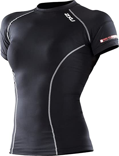 36c08ec5c Amazon.com  2XU Women s Short Sleeve Performance Compression Top ...