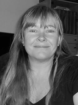 Lisa C Hinsley