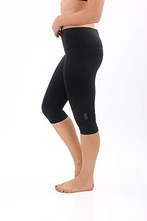 1c609123d21ff Amazon.com: Glow Yoga Women's The Capri Leggings (Black, Large ...