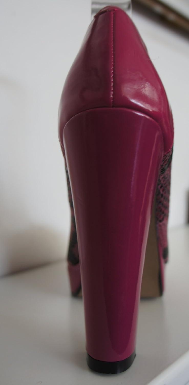 Moda In Pelle Pink Schlange Haut Toe Effekt Peep Toe Haut Pumps - 62fed8