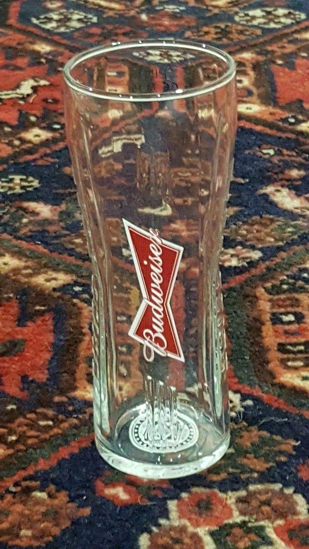BUDWEISER PINT GLASS NEW SHAPE NEW STYLE