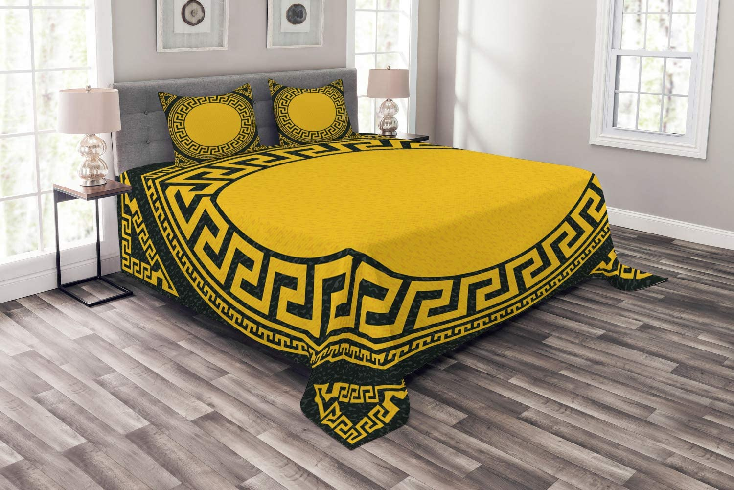 Ambesonne Greek Key Bedspread, Sun Inspired Big Circle with Antique Fret and Triangular Ornaments, Decorative Quilted 3 Piece Coverlet Set with 2 Pillow Shams, King Size, Grey Charcoal