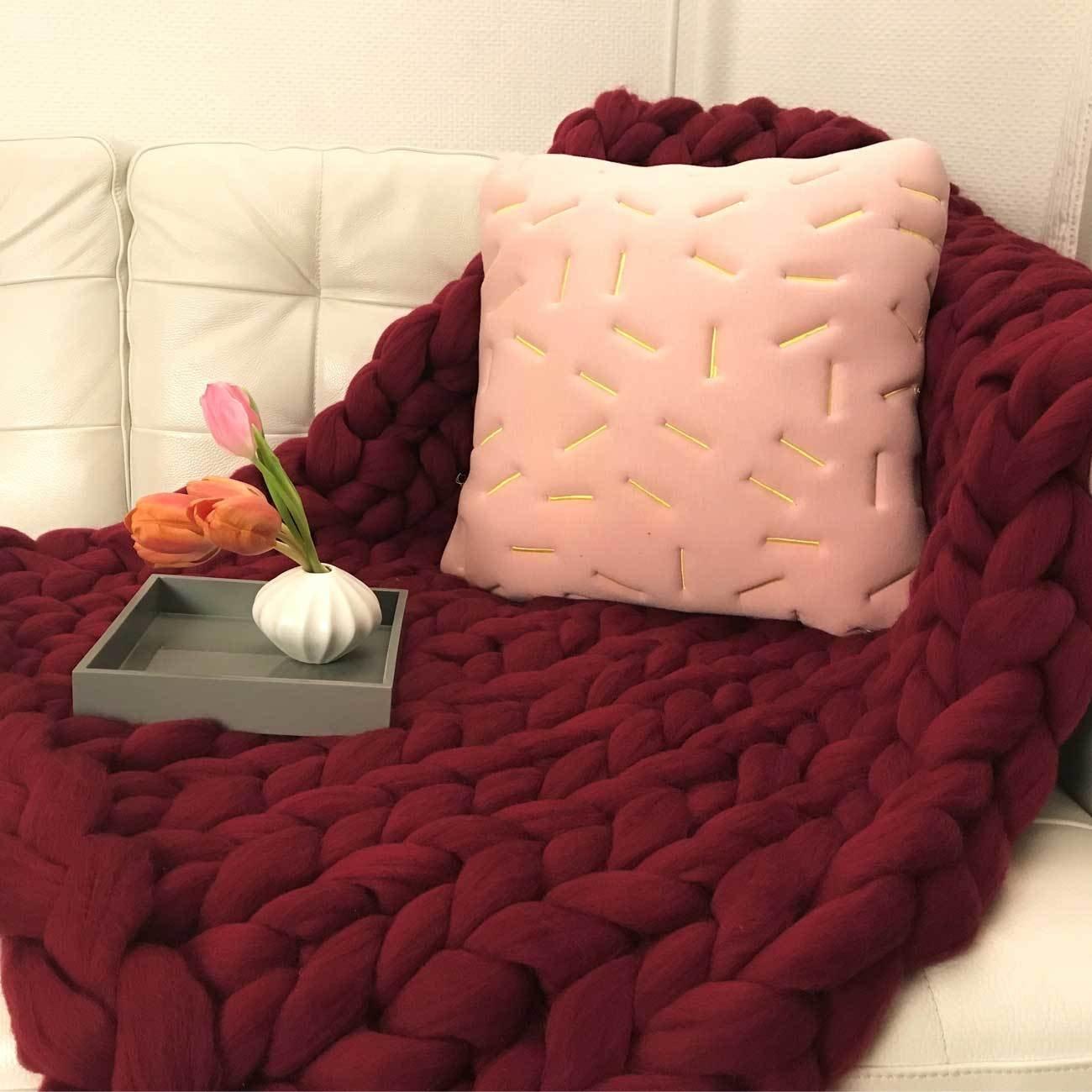Adorist small (80x130cm) - Merino Wolldecke Cosima Chunky Knit small 80x130cm, Bordeaux rot