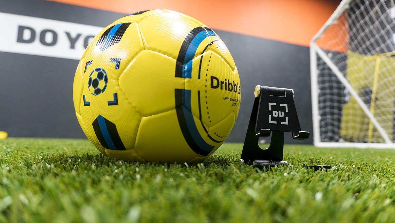 DribbleUp Smart - Pelota de fútbol con aplicación de Entrenamiento ...