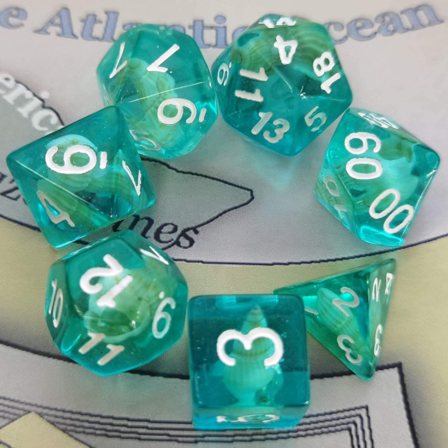 D20 D4 Dice FLASHOWL Conch Dice Transparent Green Dice Set D/&D Polyhedral Dice Set for Dungeons and Dragons Role Playing Game Dice Set of 7 D6 D12 Light Green D8 D10